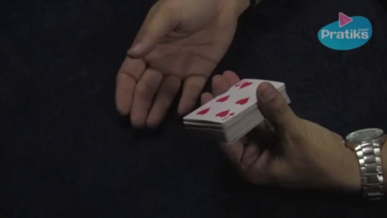 How to do an easy card trick