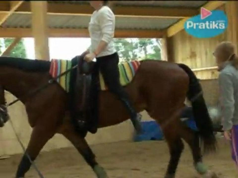 Equestrian Vaulting - How to vault-on at a walk