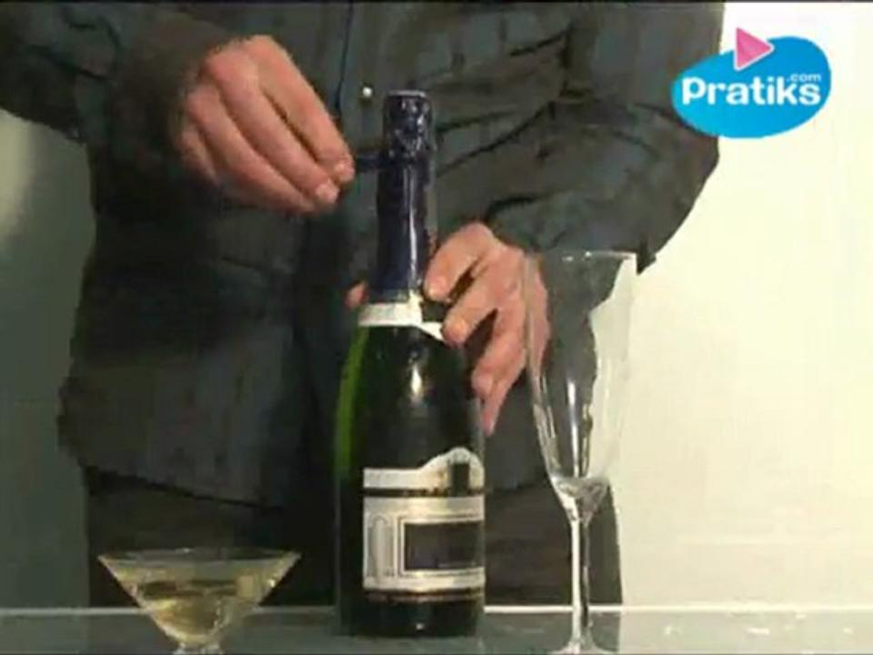 How to open a bottle of champagne that has been shaken?